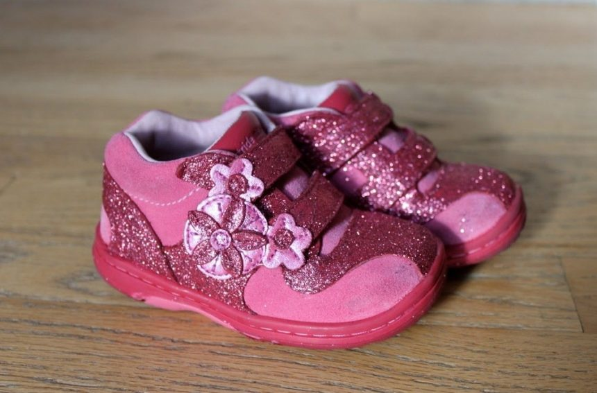 shoe for children