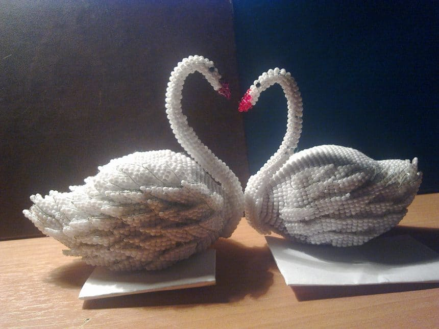 swans from bead